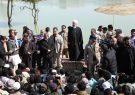 عکس روز: رییسجمهور در مناطق سیل زده