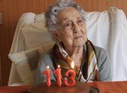 زن ۱۱۳ ساله اسپانیایی بر کرونا غلبه کرد