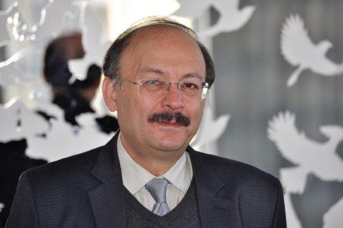 بیژن عبدالکریمی استاد فلسفه