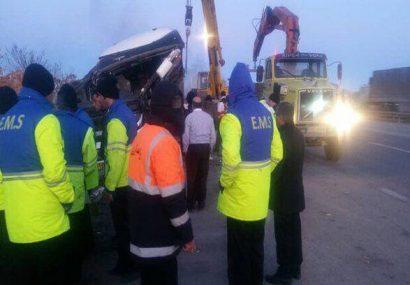 ۳ کشته و۲۱ مجروح بر اثر واژگونی اتوبوس