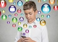 چگونه فرزندانمان را در فضای مجازی مدیریت کنیم؟ + فیلم