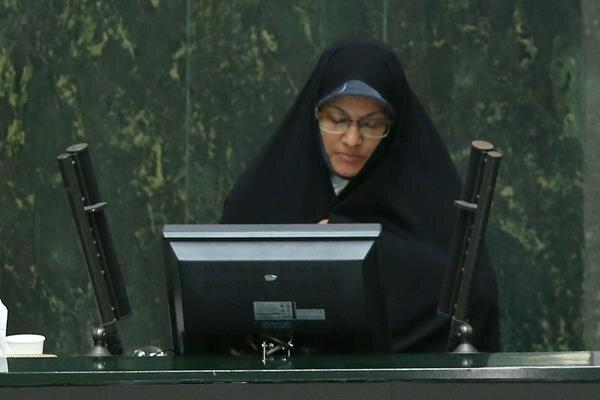 زهره الهیان: یک زن به عنوان وزیر آموزش و پرورش معرفی شود